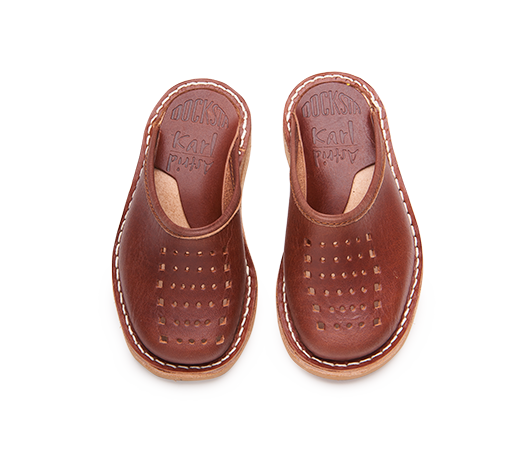 Slippers - Karl/Astrid Brown Slip-on shoes Vegetable-tanned leather | Docksta Sko